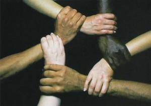 Gambar 1. Kerjasama orang kulit putih dan orang kulit hitam